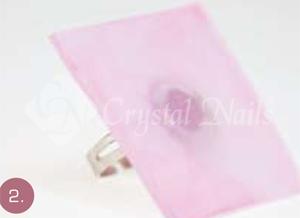 Rózsaszín porcelánnal vékonyan bevonom a felületet úgy, hogy még átlátszó maradjon.
