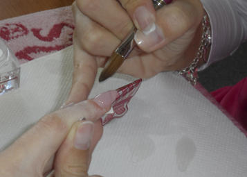Körömágyi részen C ív kiépítése Dark Pink porral